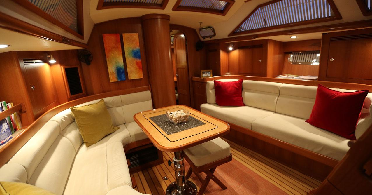 Hylas Yachts H46 interior