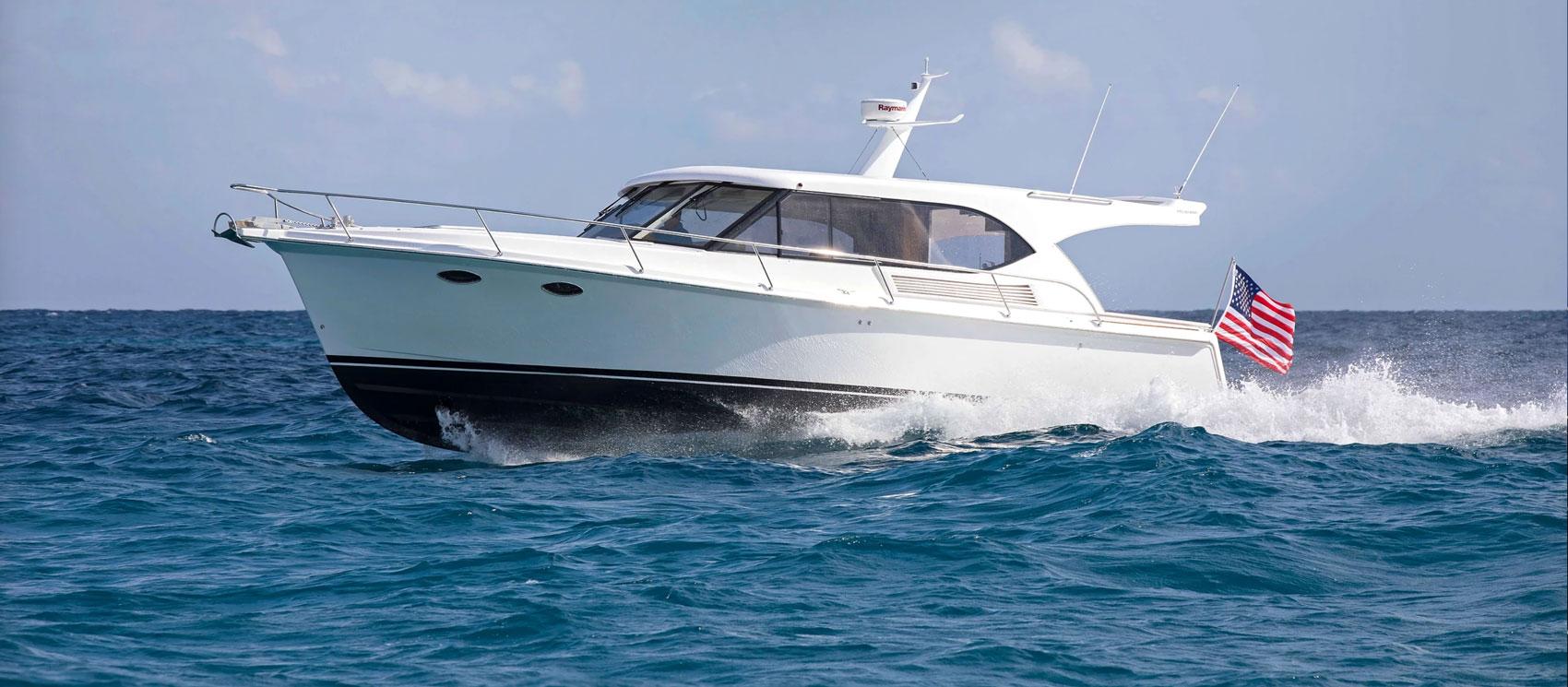 Hylas Yachts M44