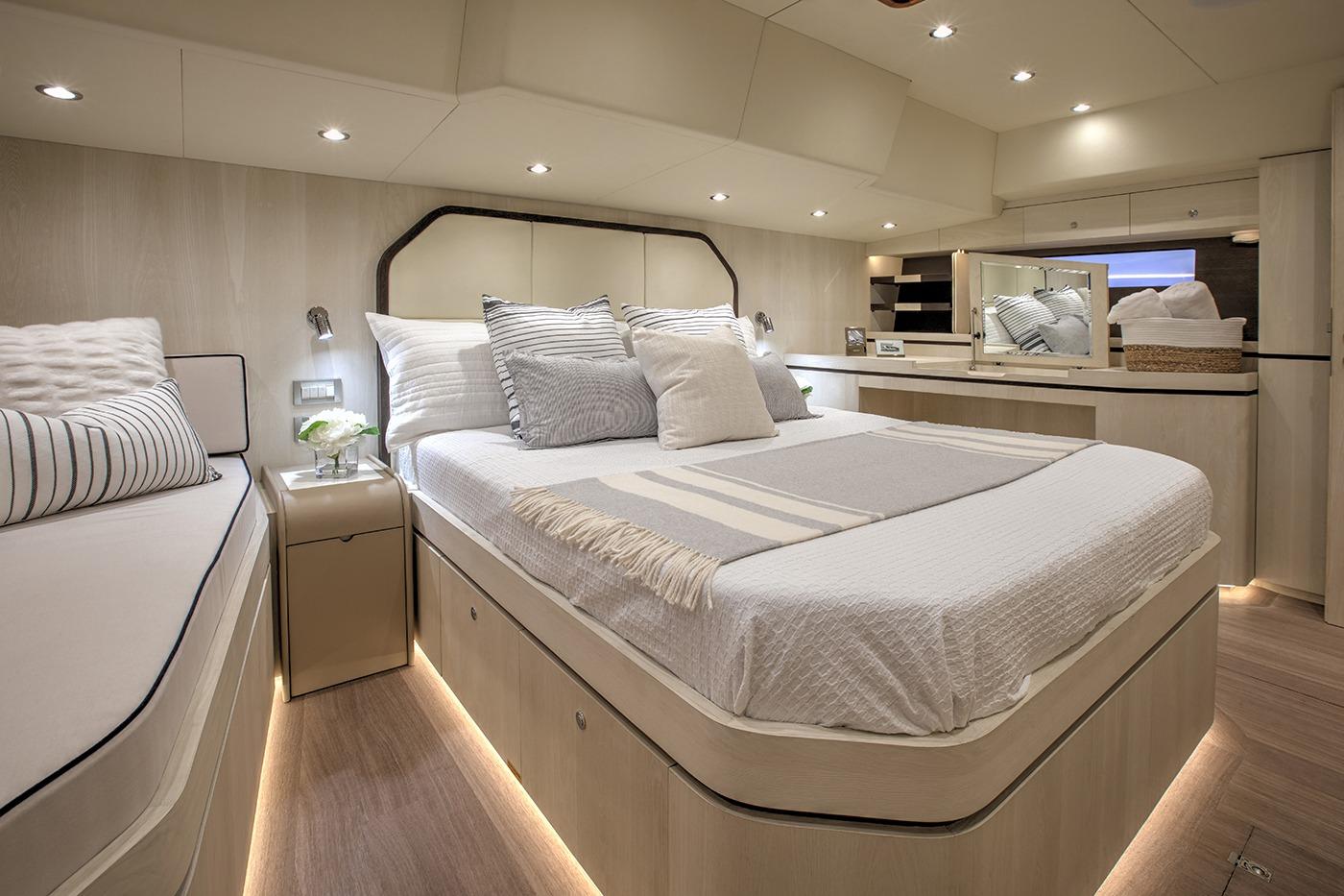 Hylas H60 Master Cabin